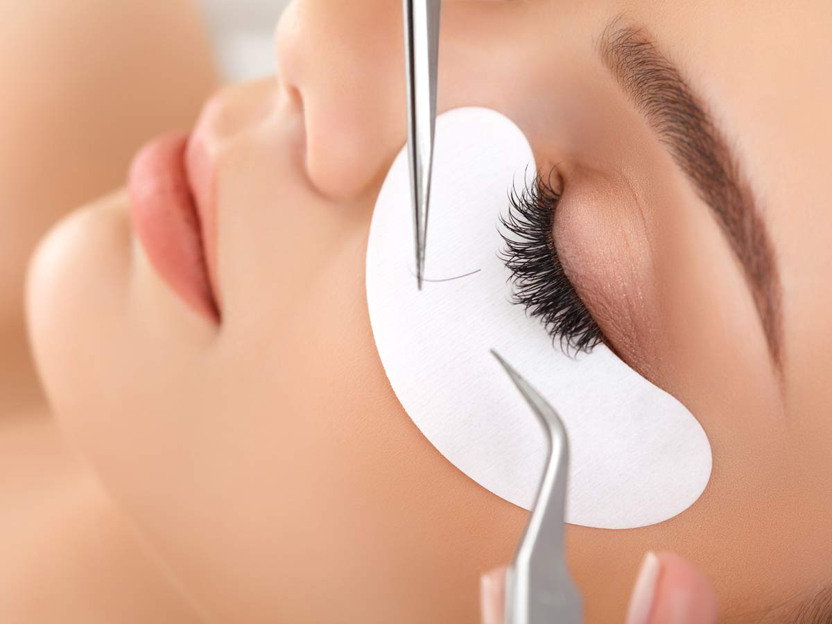 What does your two day CT Lash Professional training include?